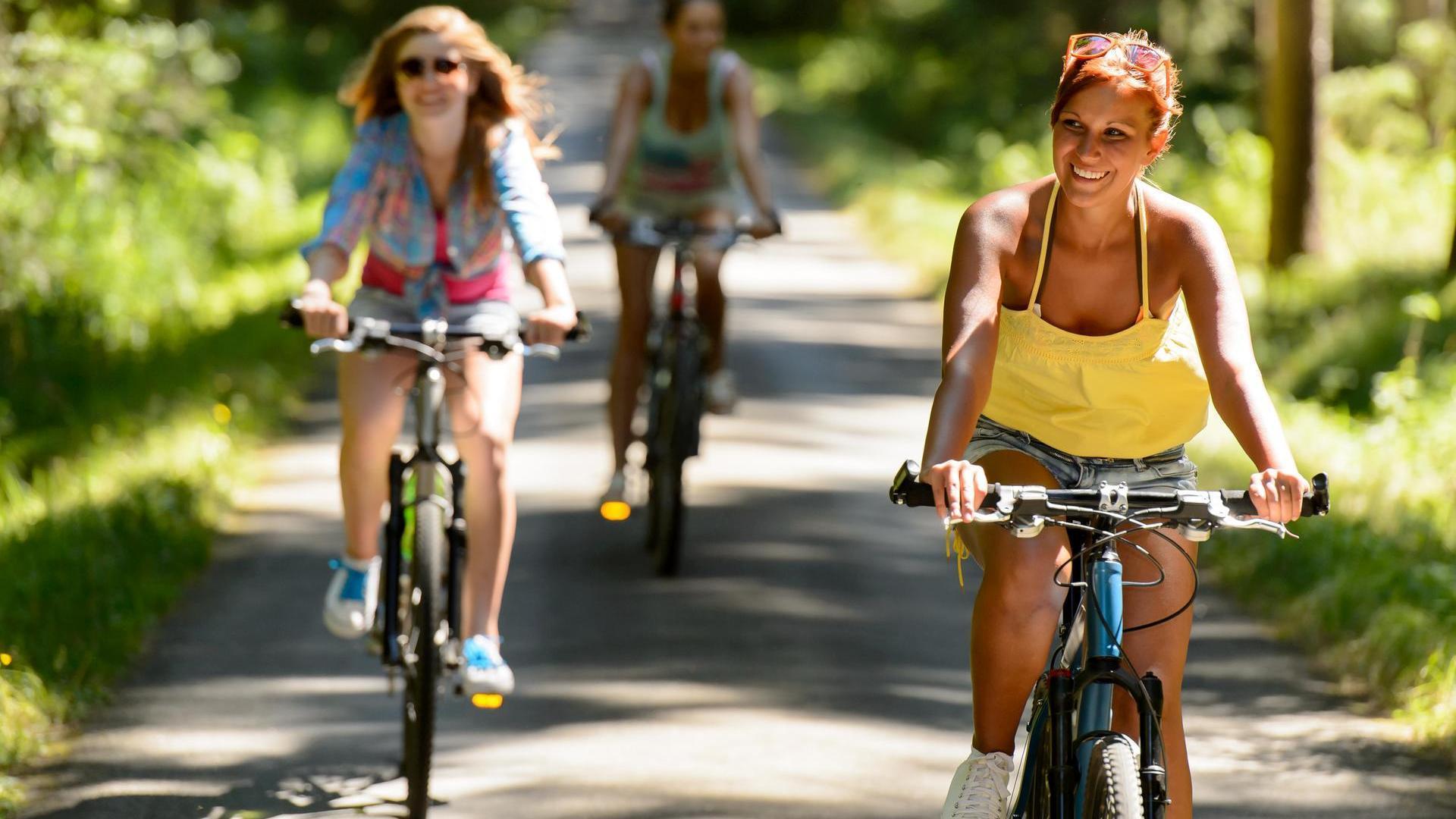 Как похудеть, катаясь на велосипеде: правила и выбор снаряжения