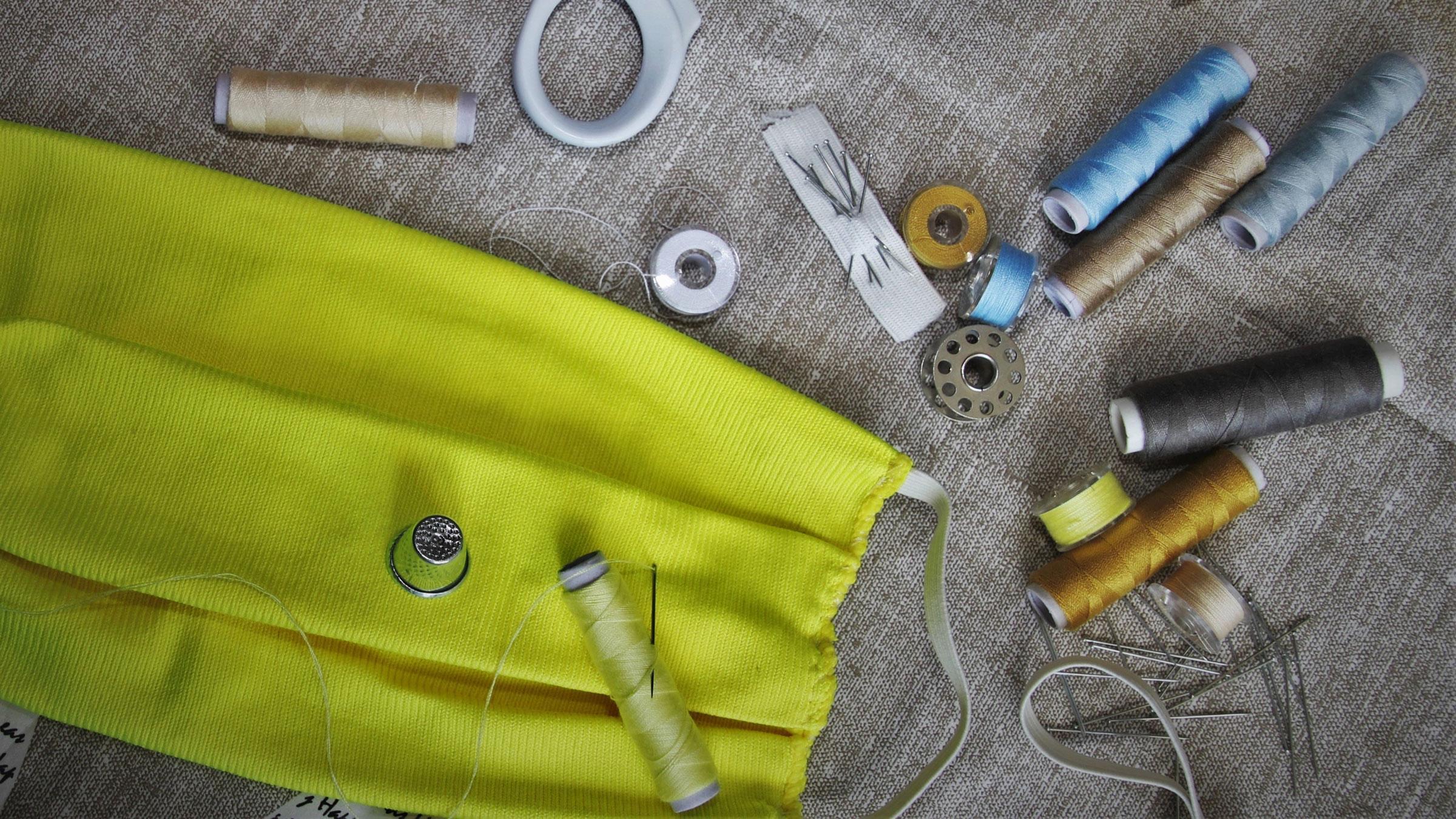 Шарфы и футболки почти не защищают от коронавируса