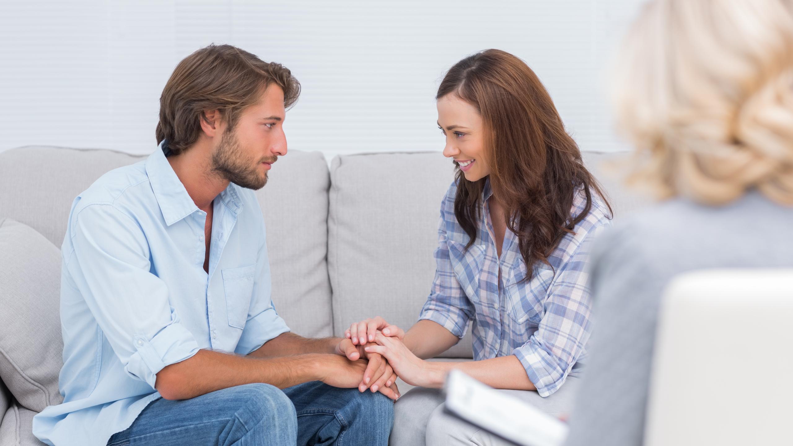 Решение конфликта третьей стороной повысило активность системы вознаграждения у пар