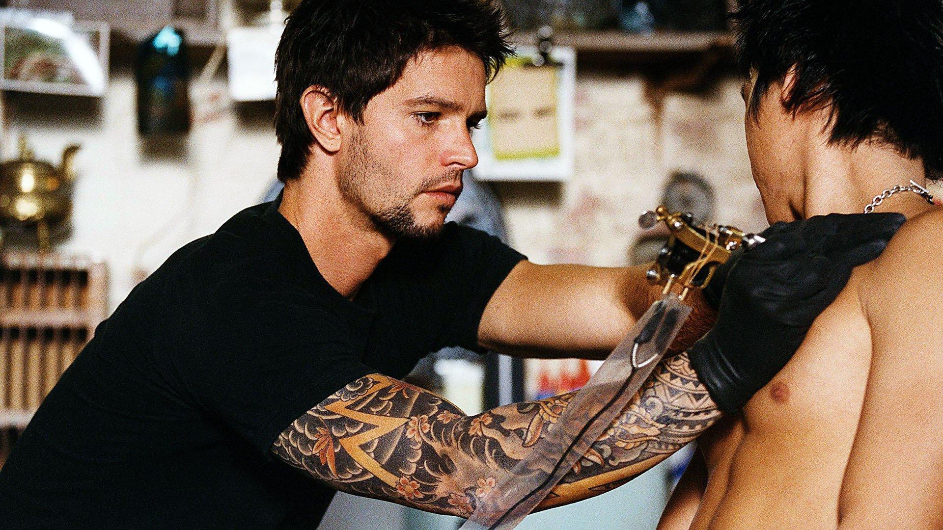 Татуировки нарушают терморегуляцию организма