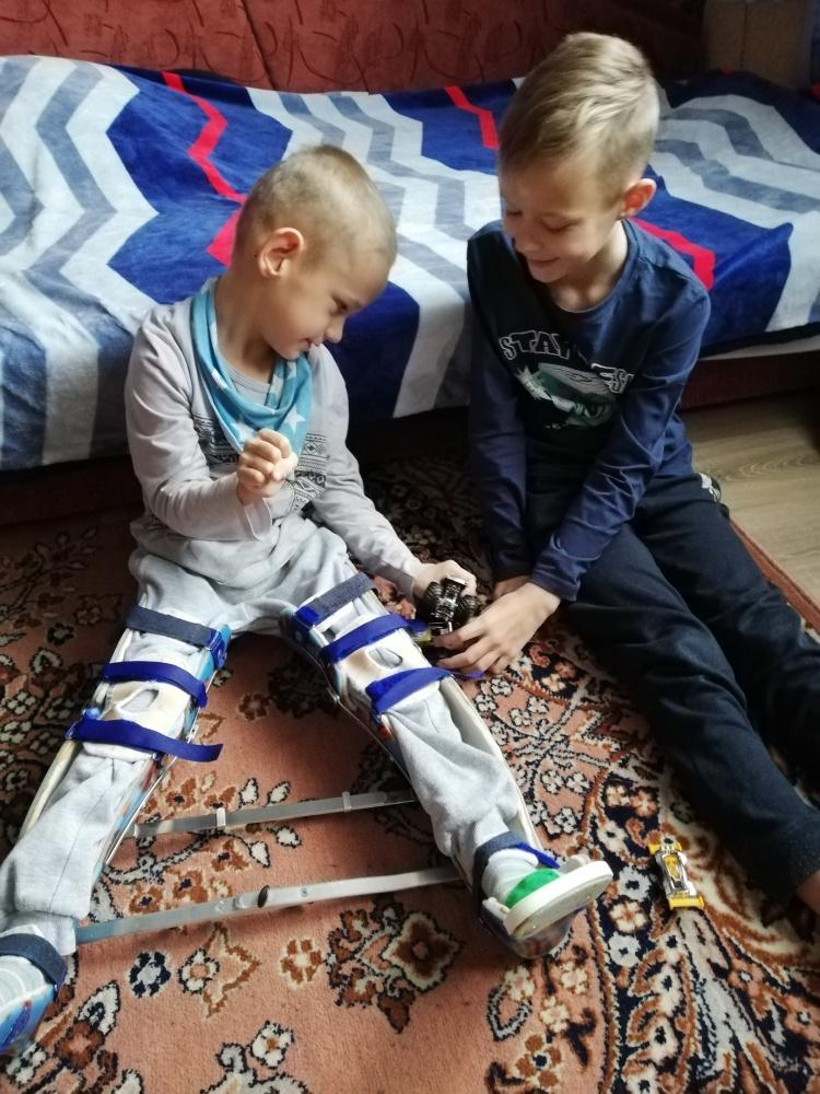 Поможем Артуру Савчуку: мальчику необходима специализированная коляска!
