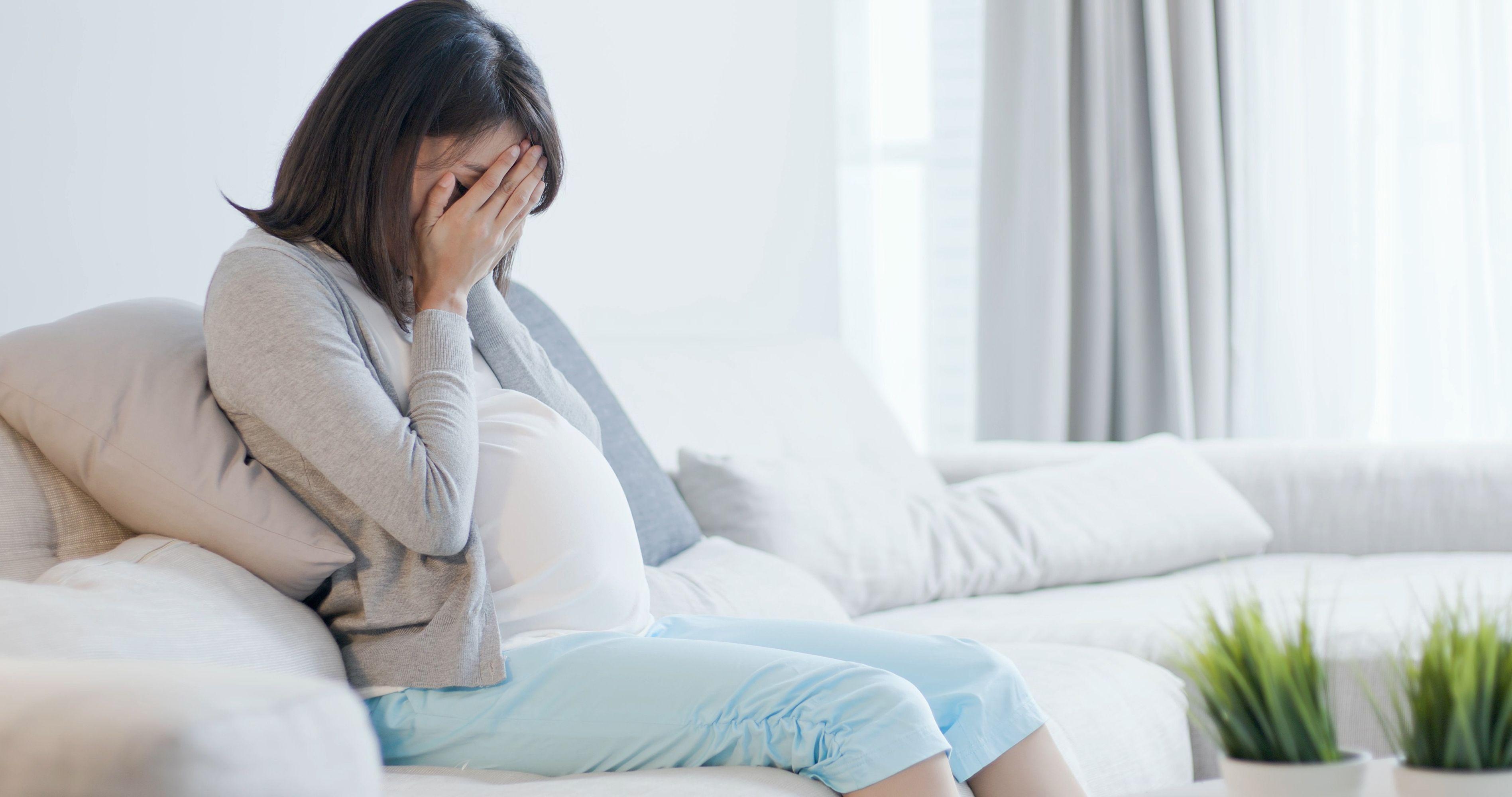 Почти половина беременных с тяжелым токсикозом страдает от депрессии