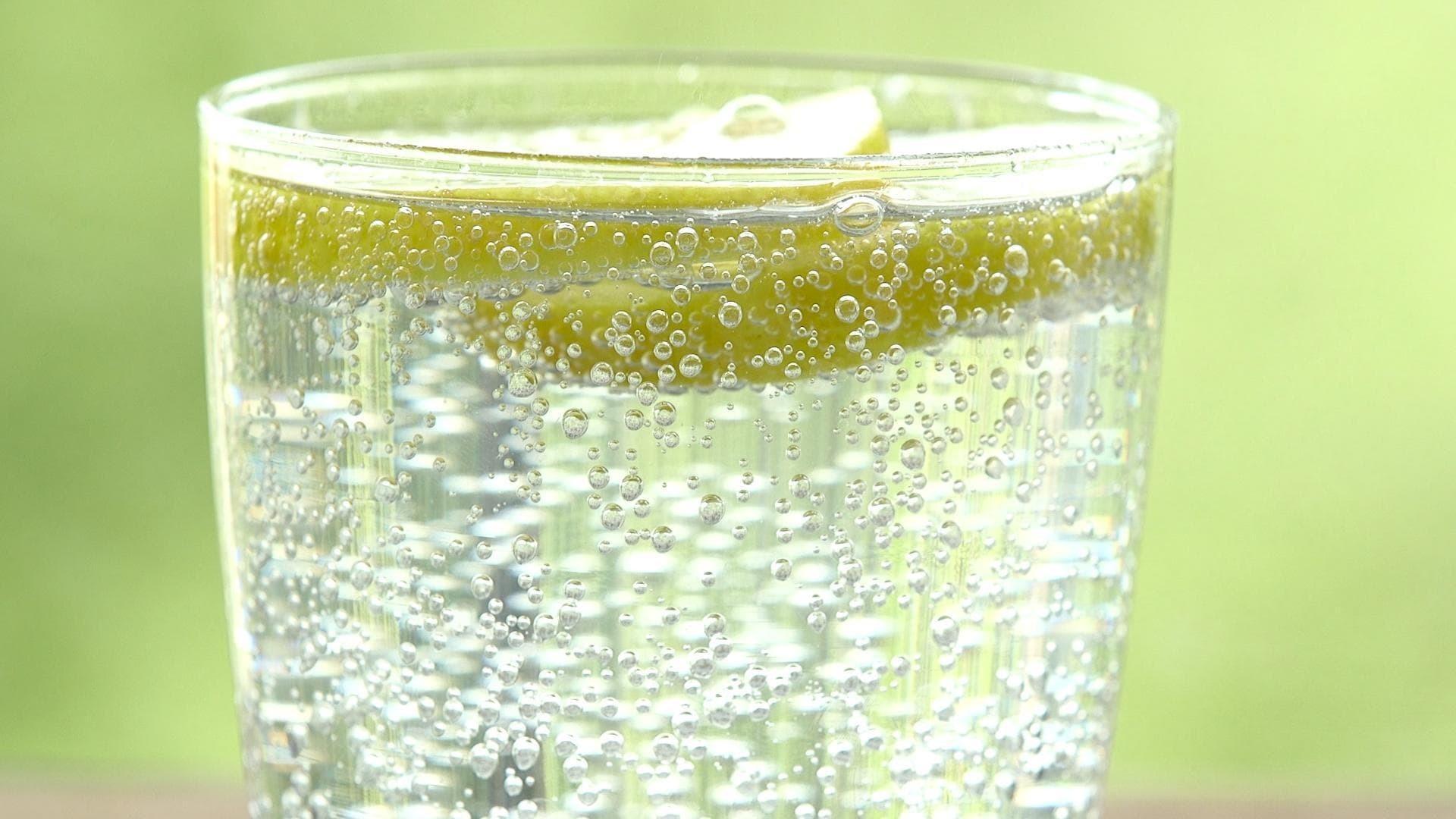Пузырьки лучше утоляют жажду