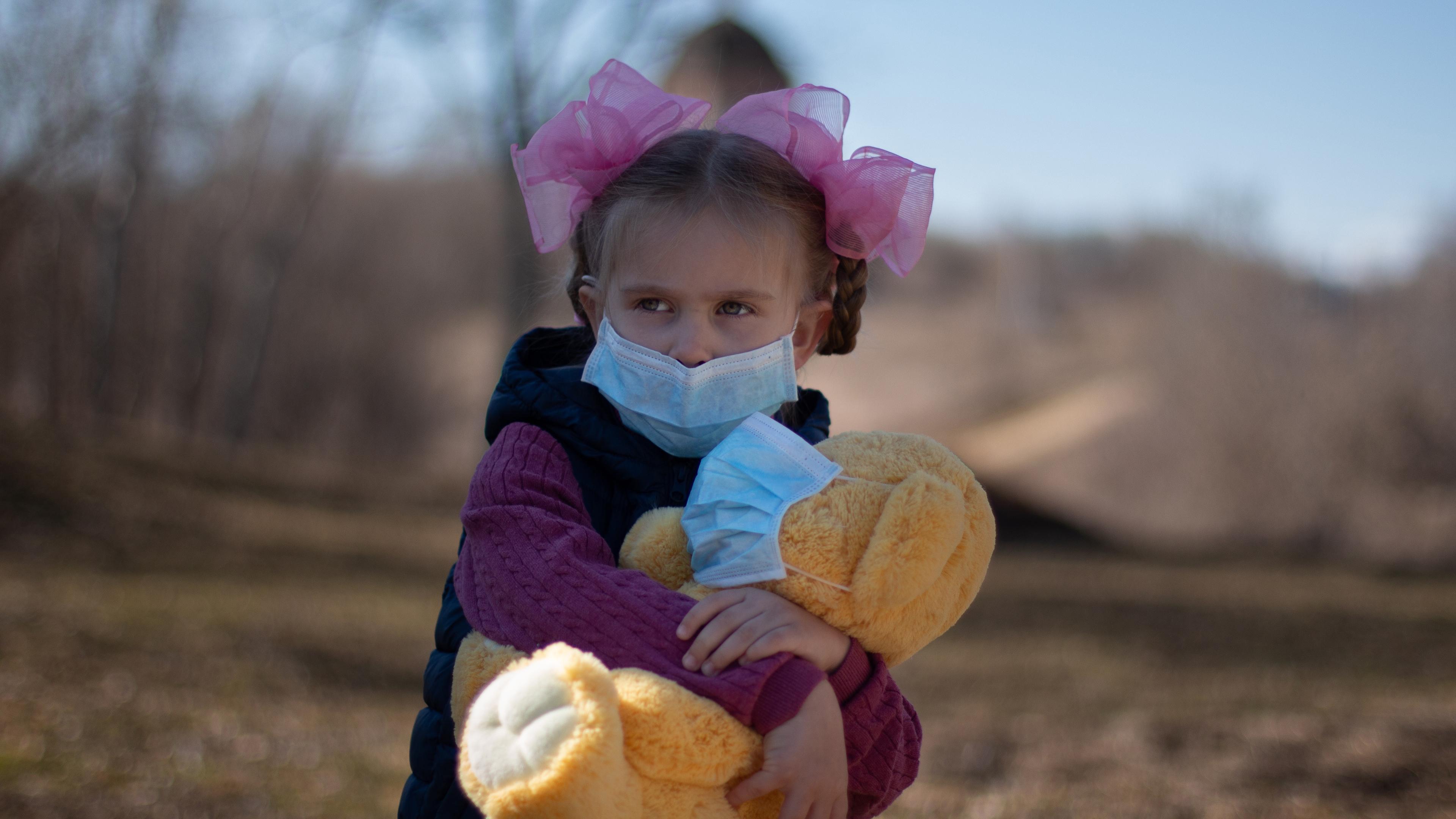 У детей «слабее» иммунитет к коронавирусу. Возможно, в этом их преимущество