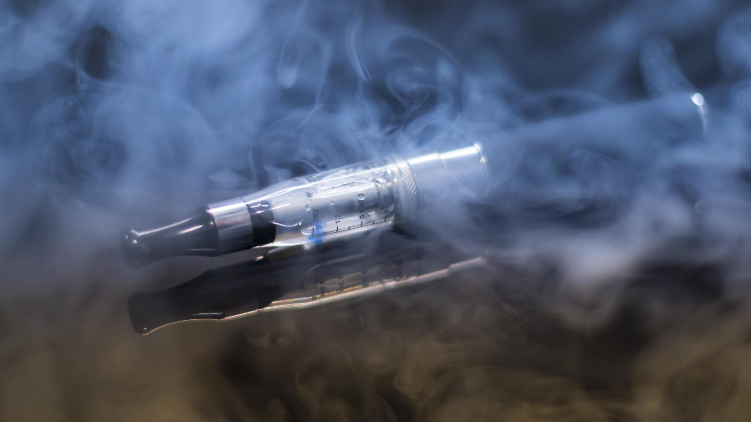 Электронные сигареты мешают противовирусному иммунитету