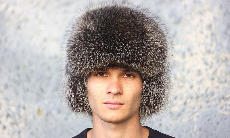 Мужские шапки из енота