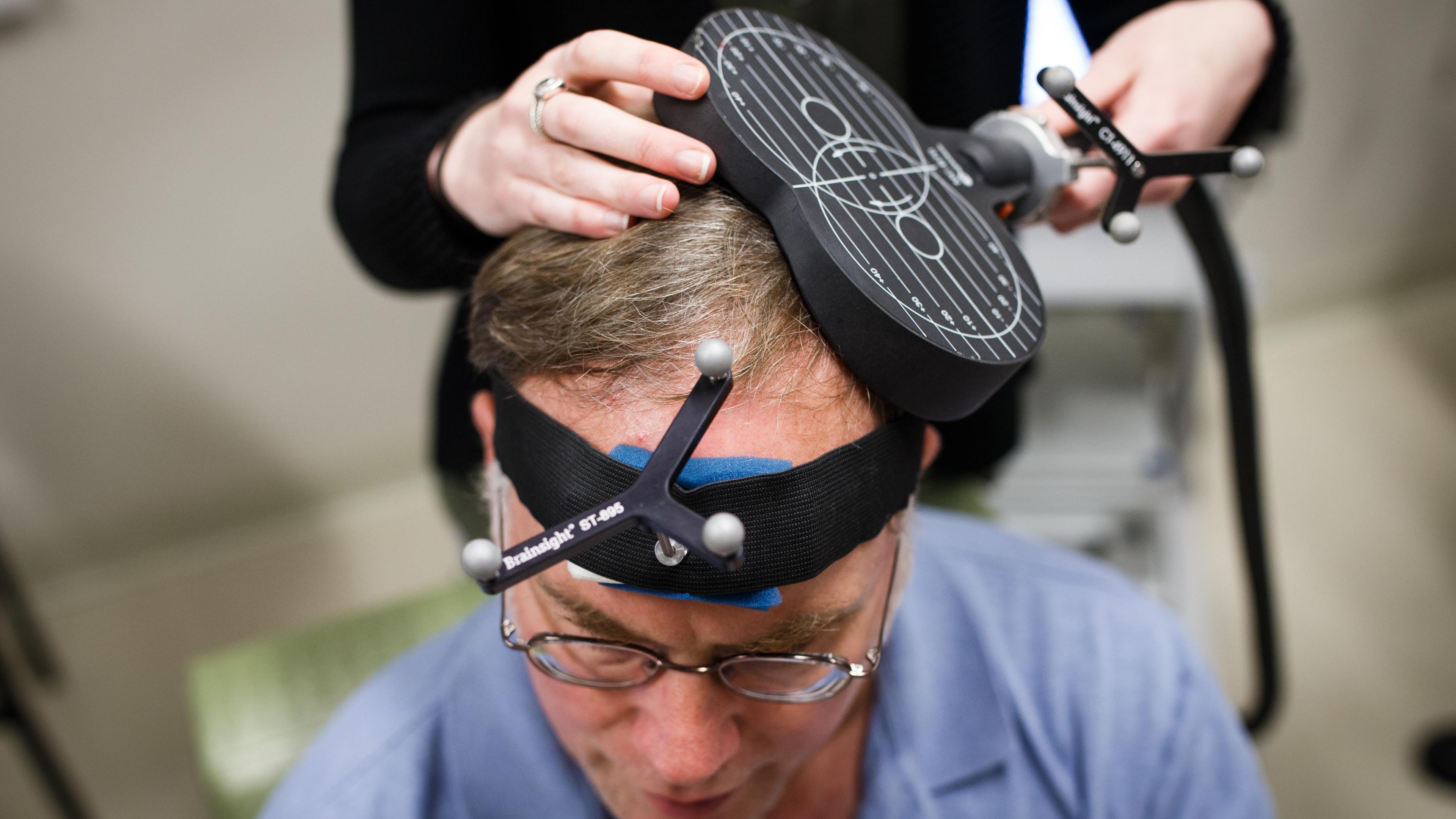 Стимуляция мозга может избавить нас от отрицательных воспоминаний