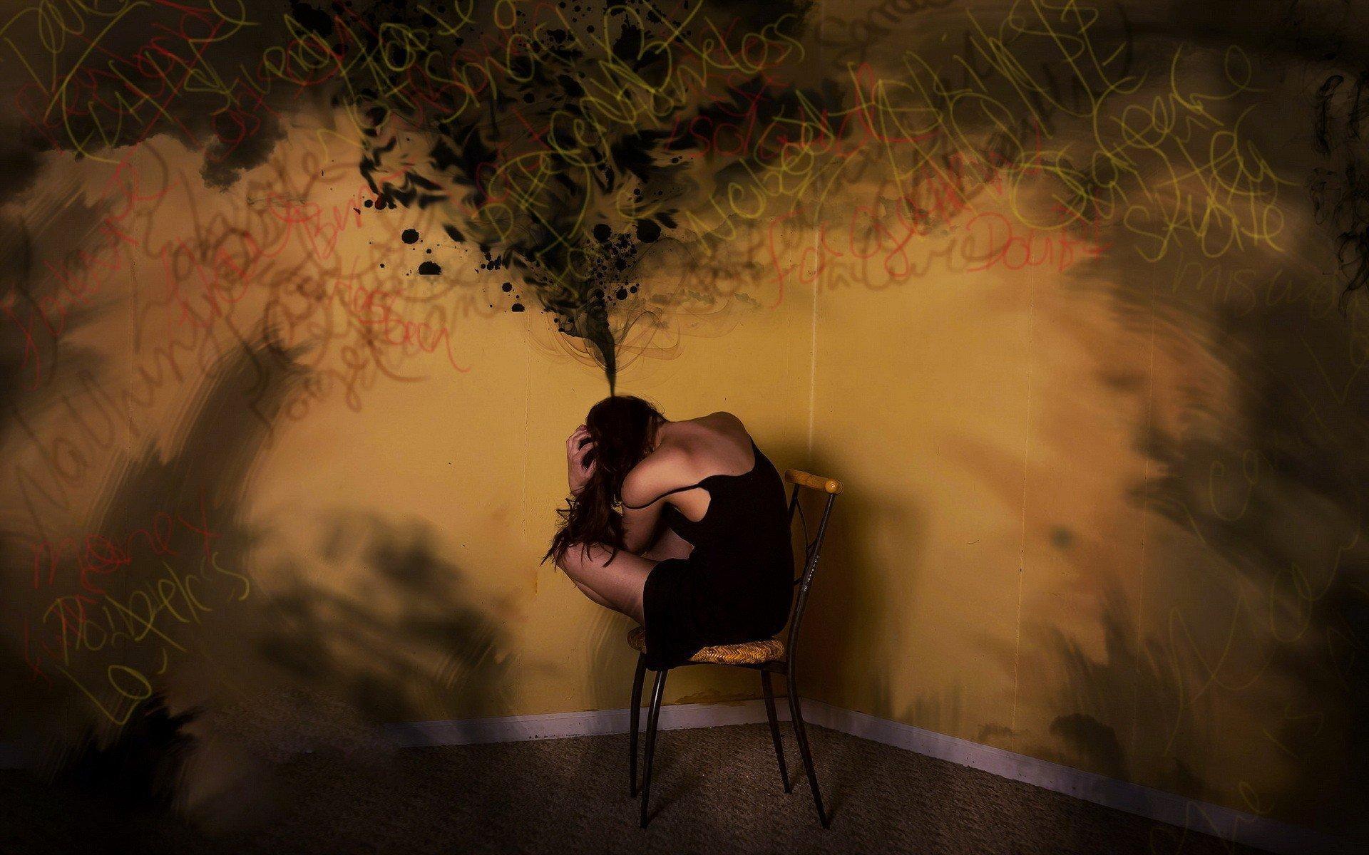Как убрать навязчивые мысли из головы?