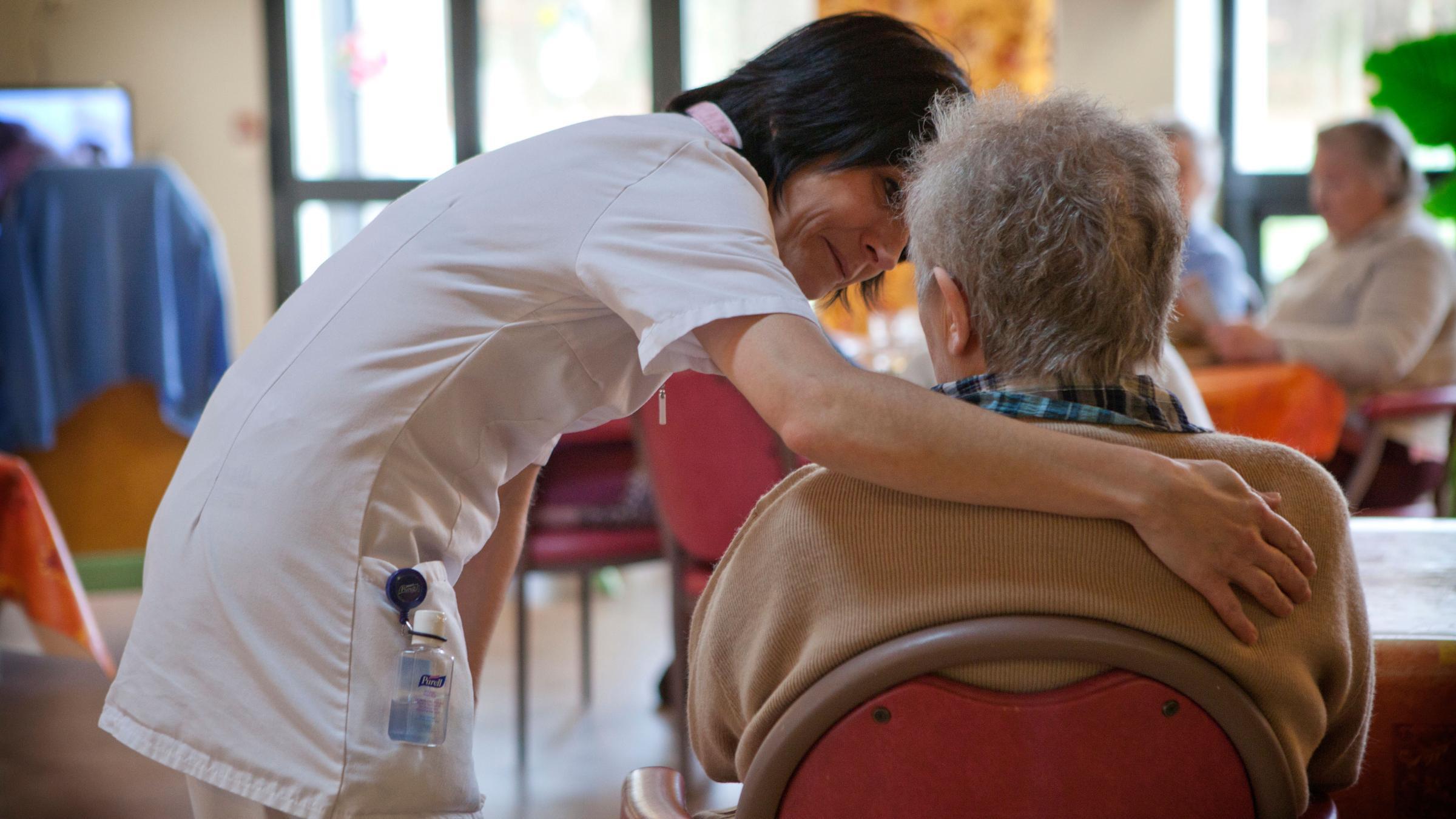 Пациенты с деменцией подвержены двойному риску заражения SARS-Cov-2