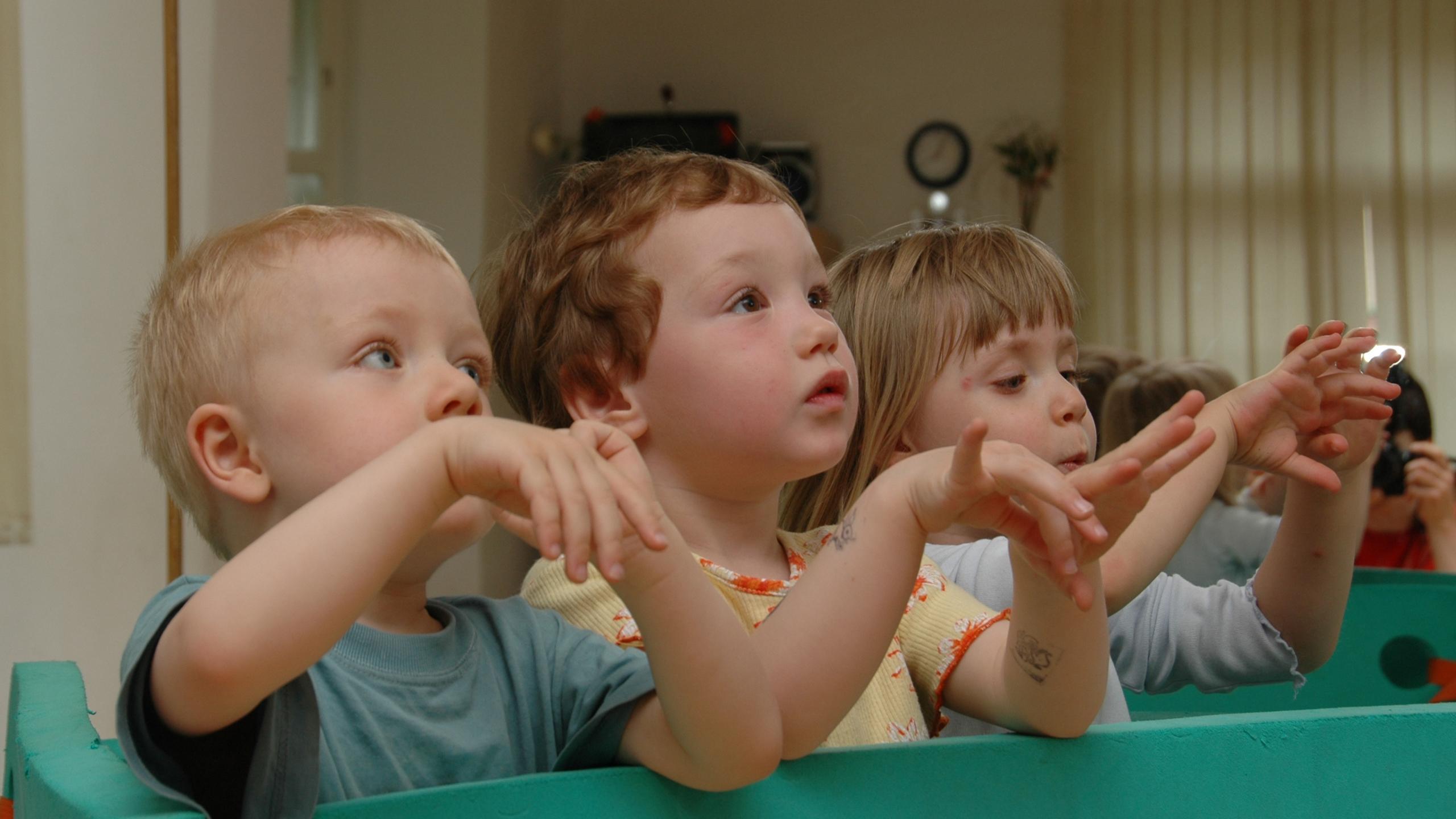 Модель показала, как младенцы воспринимают язык