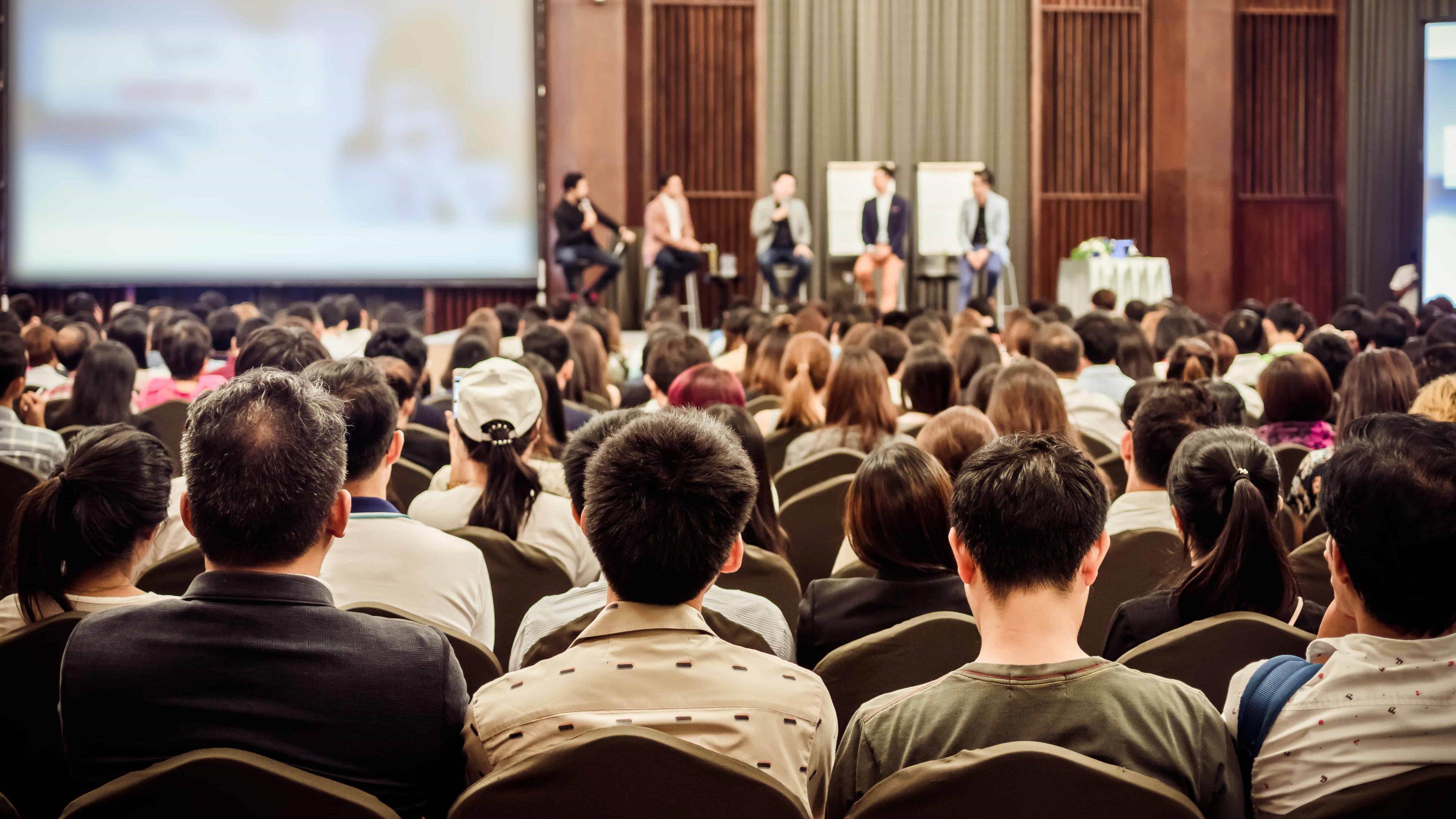 Виртуальные двойники помогли преодолеть страх перед публичным выступлением