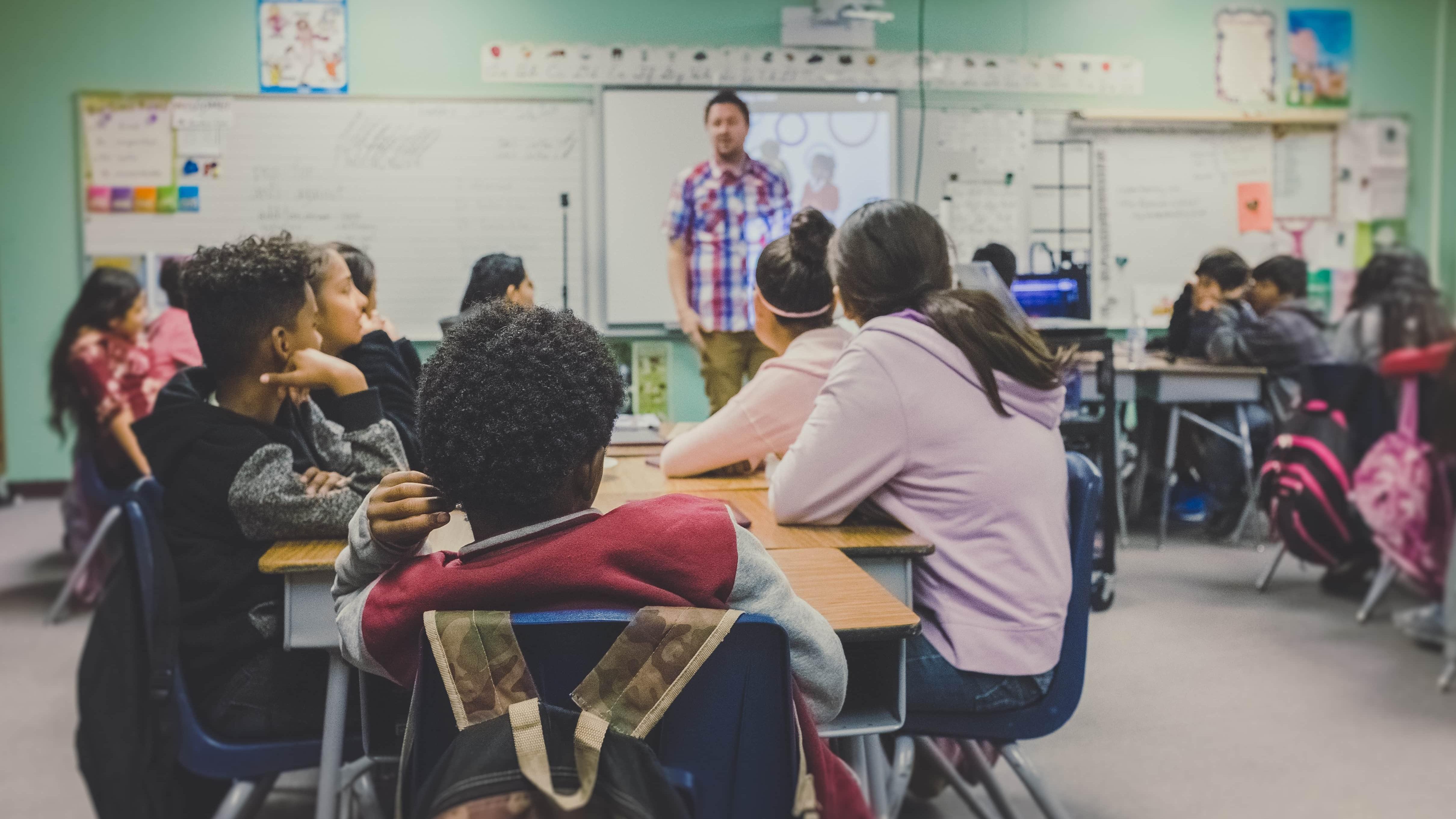 Утренний мозг: время занятий в старшей школе имеет значение