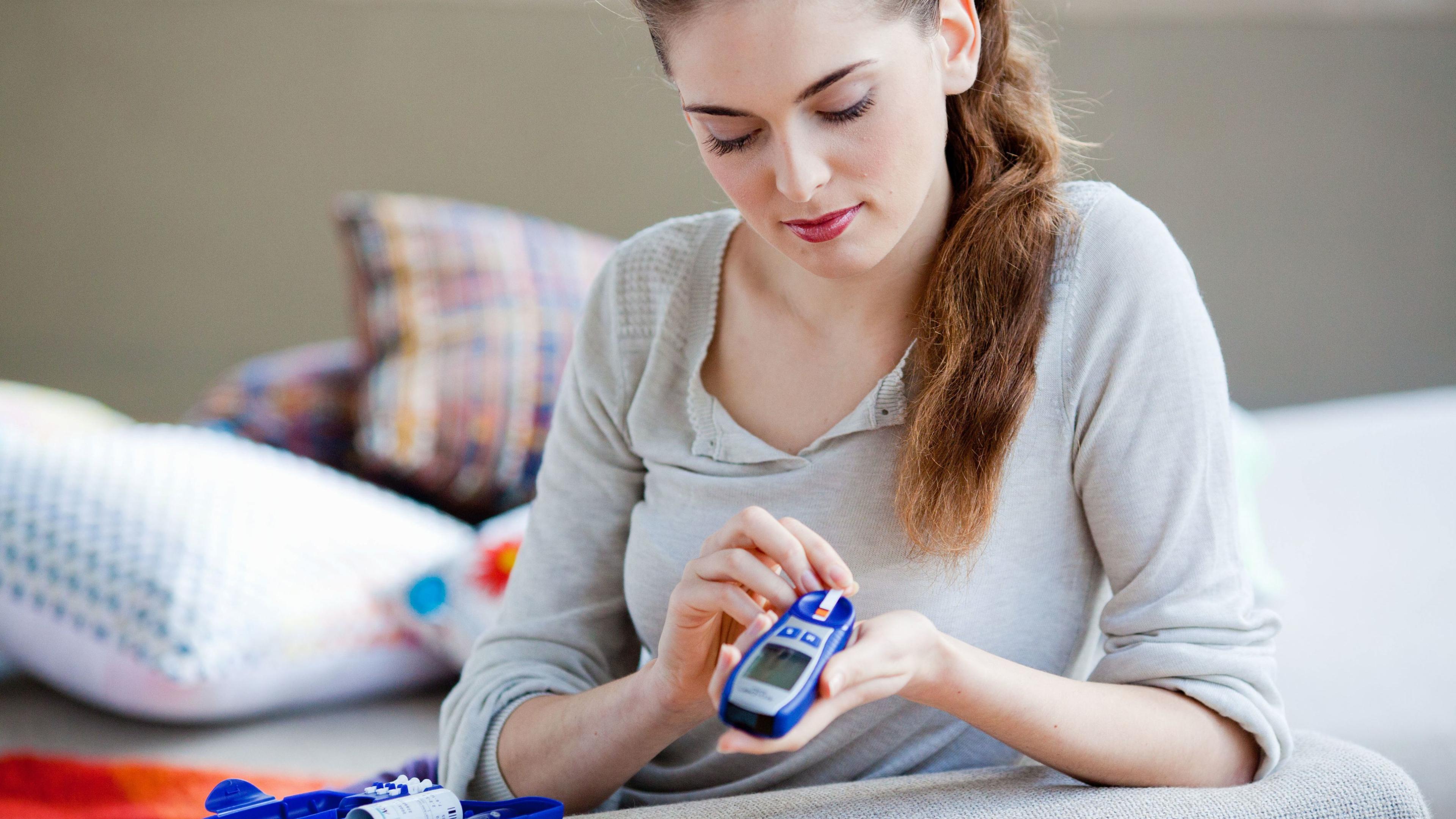 При диабете 1 типа детородный период у женщин сокращается