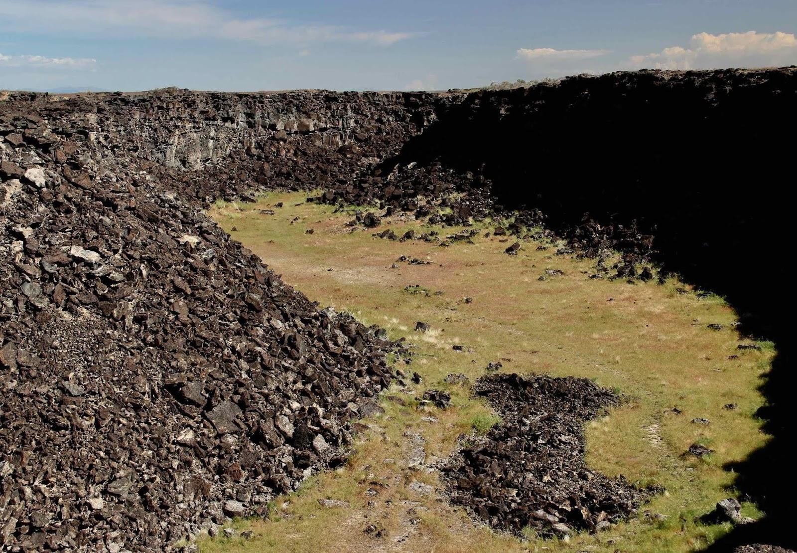 Аномальные землетрясения в США намекнули на скрытую активность древних вулканов