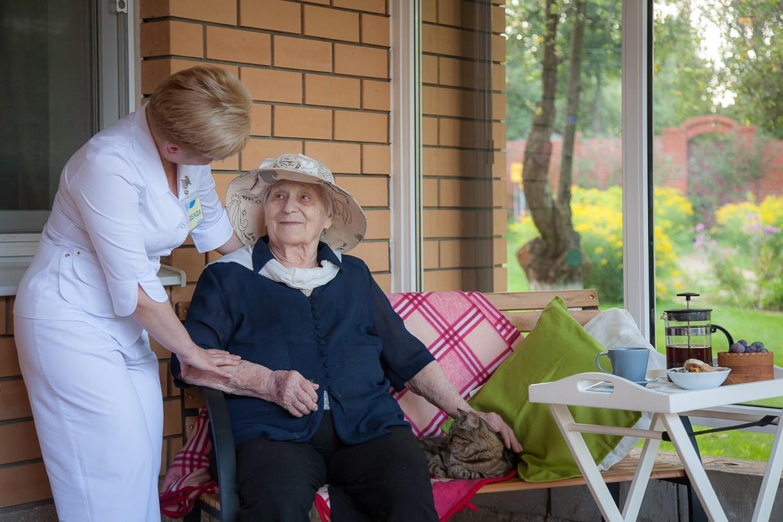 Качественные условия ухода за пожилыми людьми в частном пансионате в Ирпене