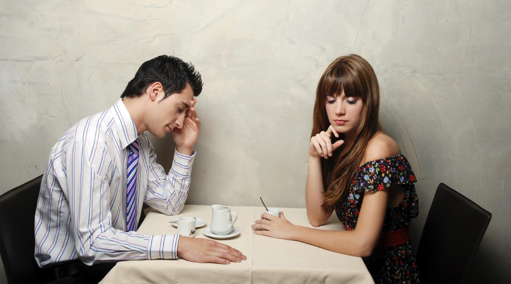Почему люди не решаются прекратить надоевший разговор?