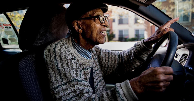 Нейросеть смогла распознать ранние признаки деменции по манере вождения