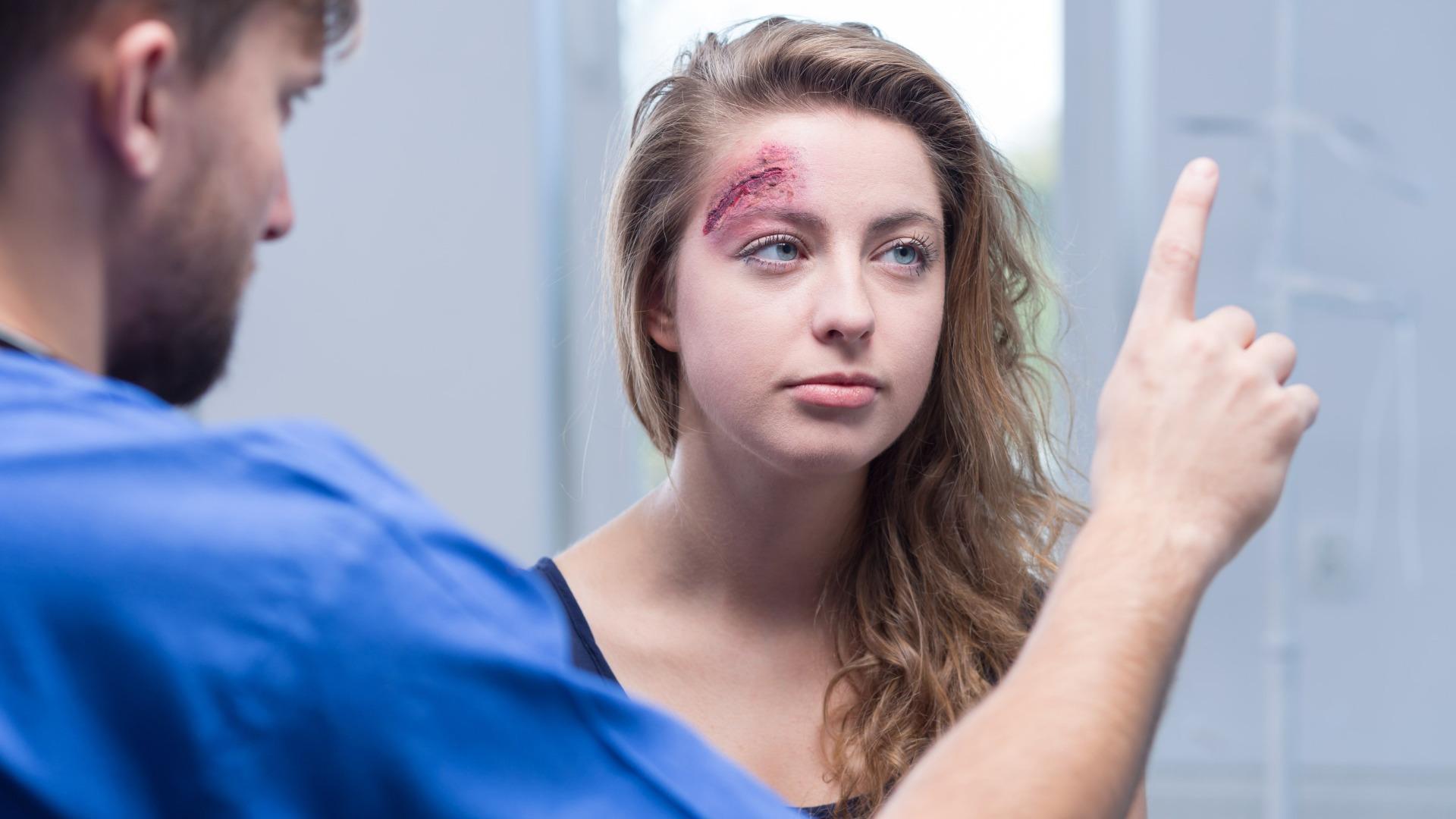 Последствия сотрясения мозга у женщин сохраняются дольше по сравнению с мужчинами