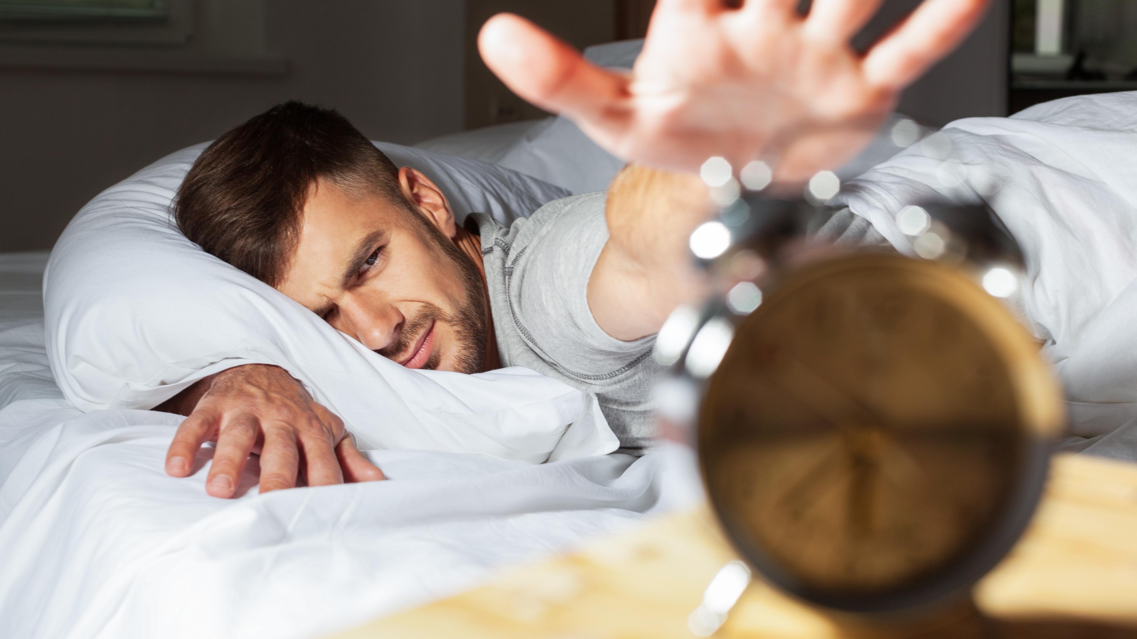 Обострение суицидального поведения больных шизофренией связали с бессонницей