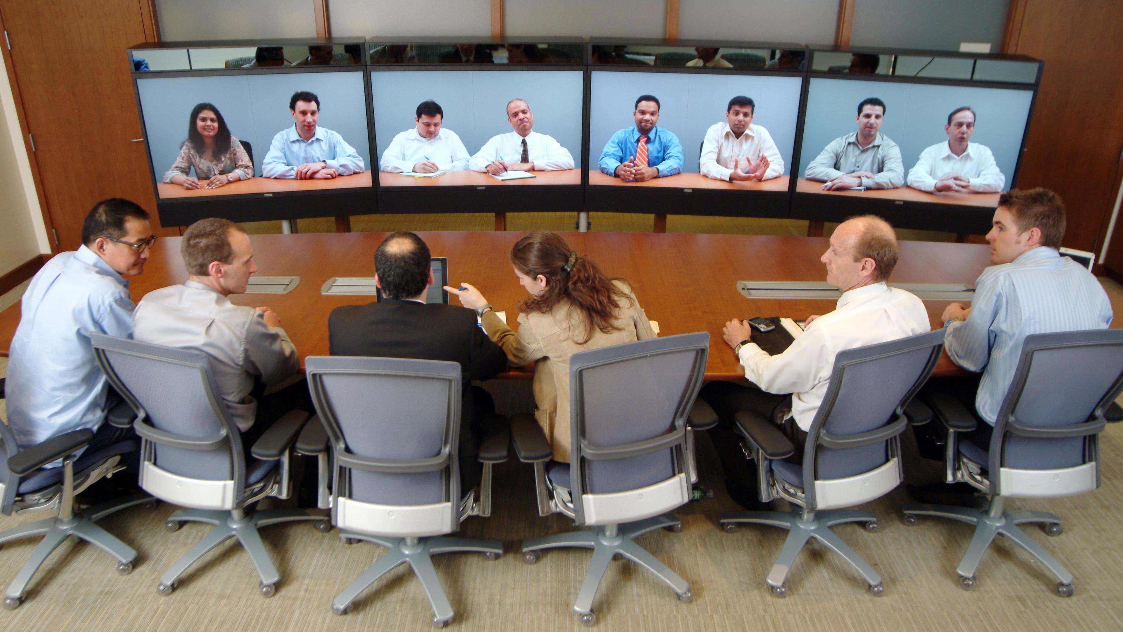 Выяснилось, что женщины устают от видеозвонков сильнее мужчин