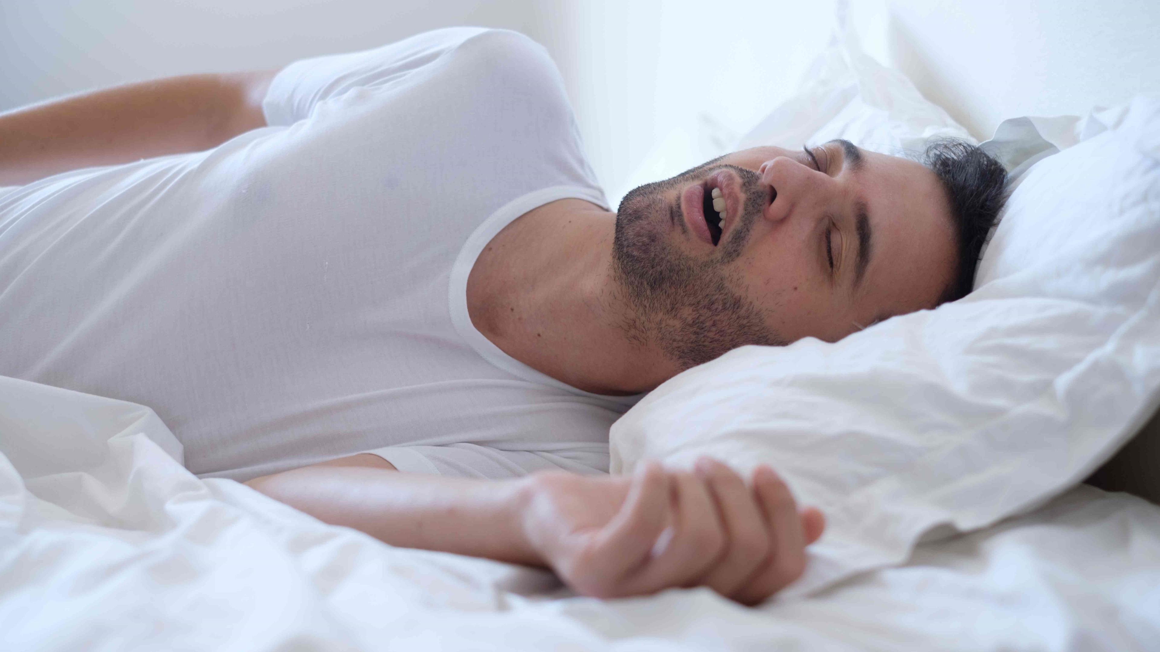Обструктивное апноэ во сне связали с повышенным риском тяжелого течения COVID-19