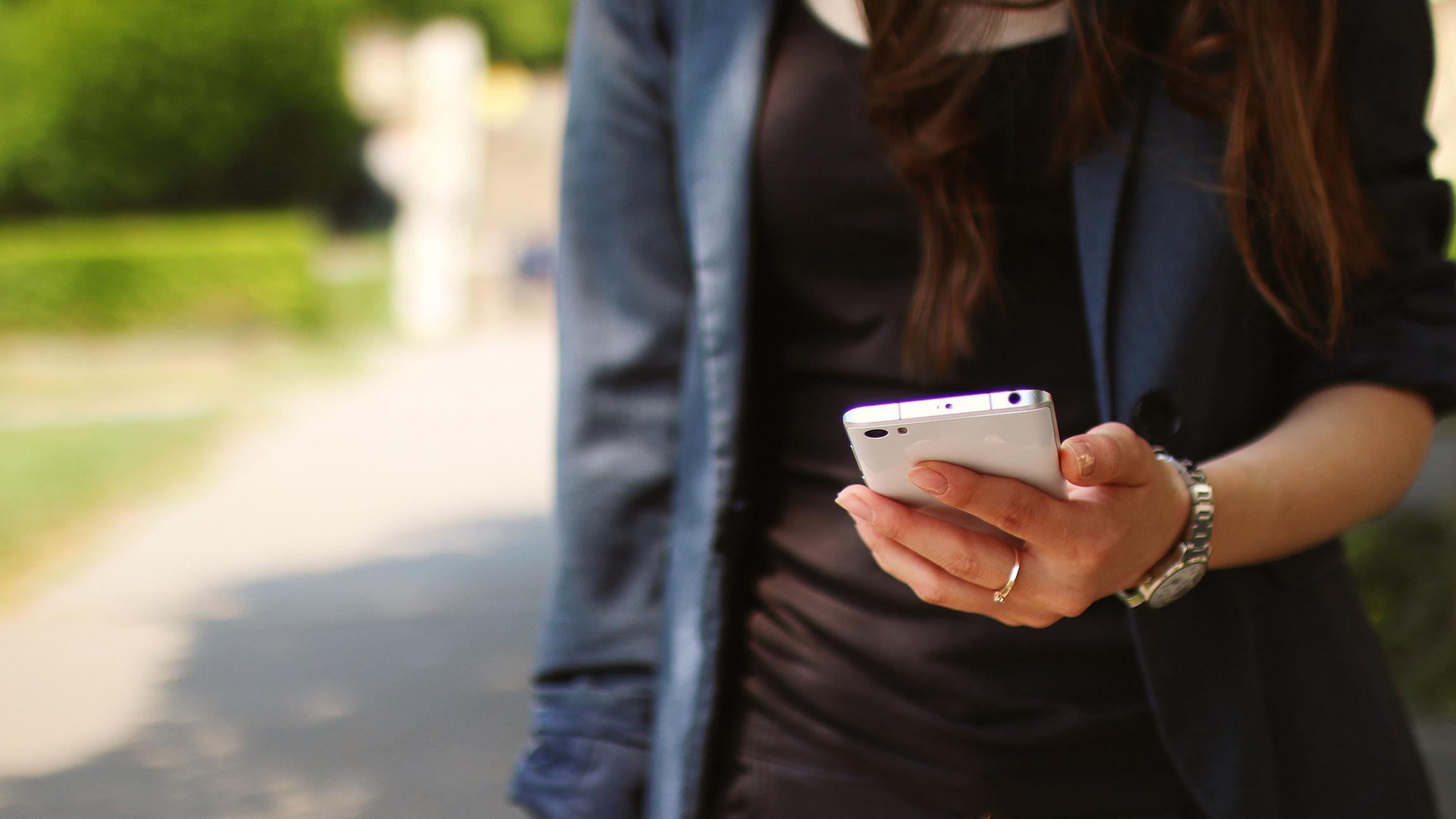 Игры на смартфоне оказались вредны для тех, кто ищет избавления от скуки