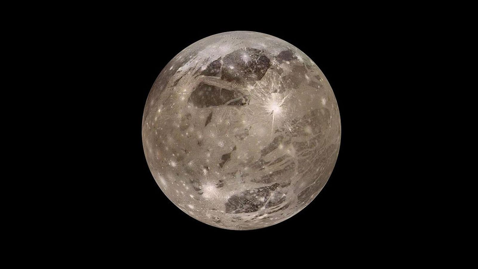 «Хаббл» подтвердил наличие водяного пара в атмосфере Ганимеда