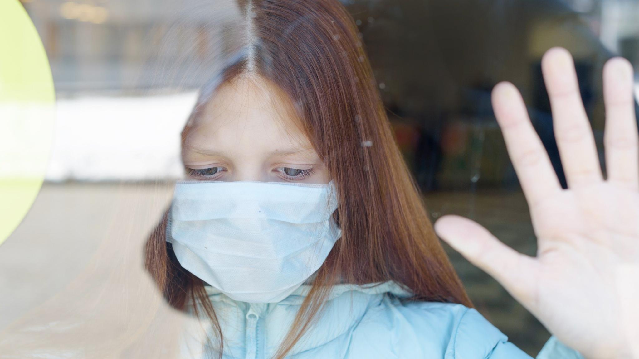 Около 6% детей страдает постковидным синдромом после заражения