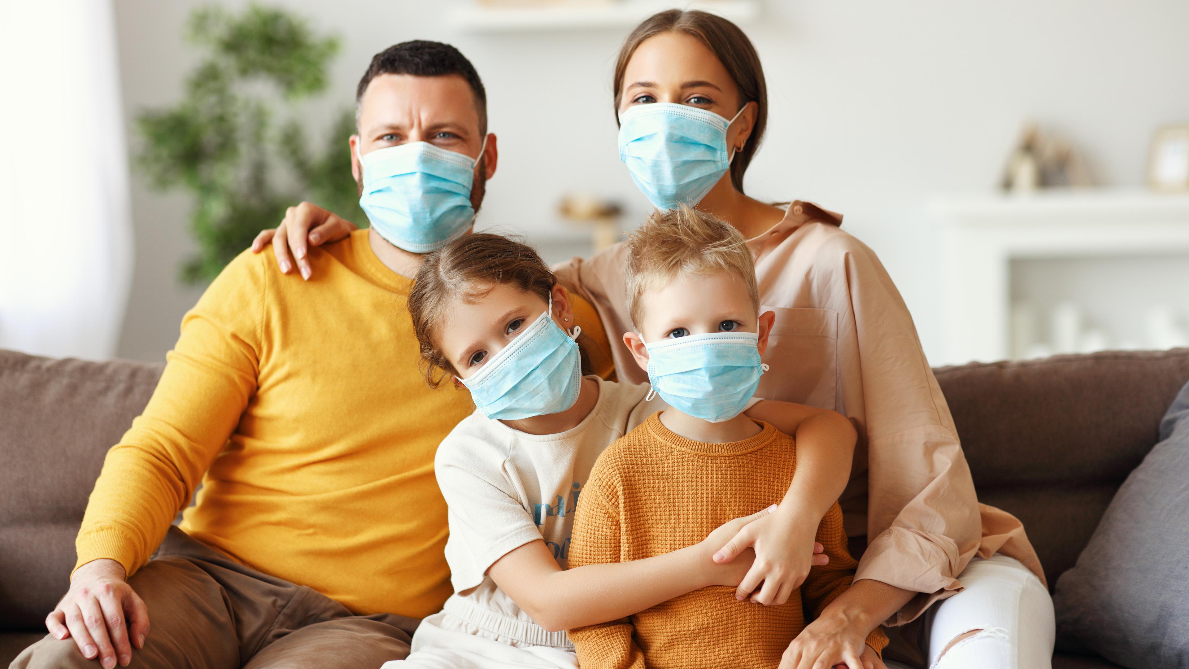 Как высок риск заражения COVID-19 от членов семьи?