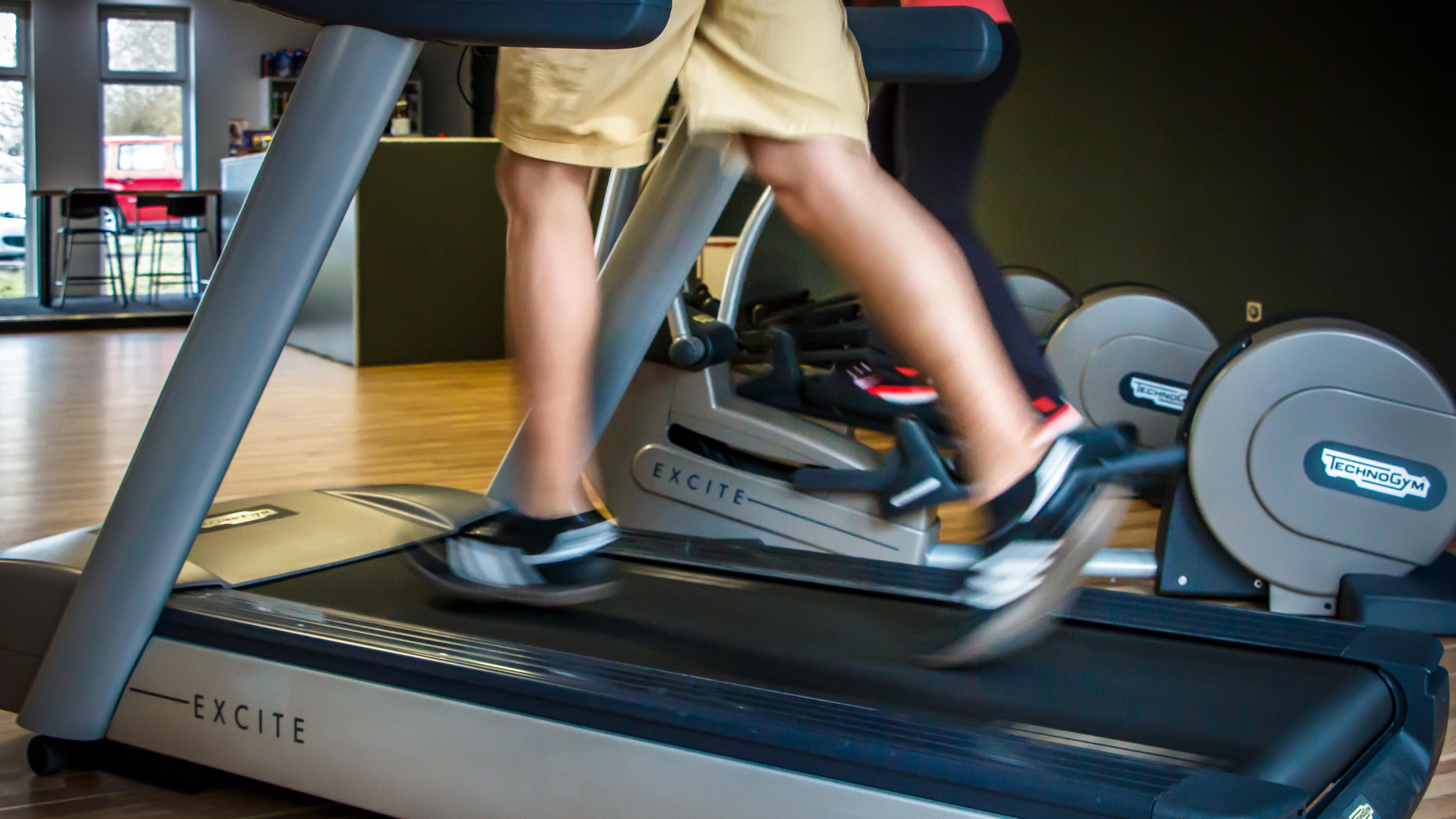Интенсивные упражнения могут отсрочить прогрессирование рака простаты