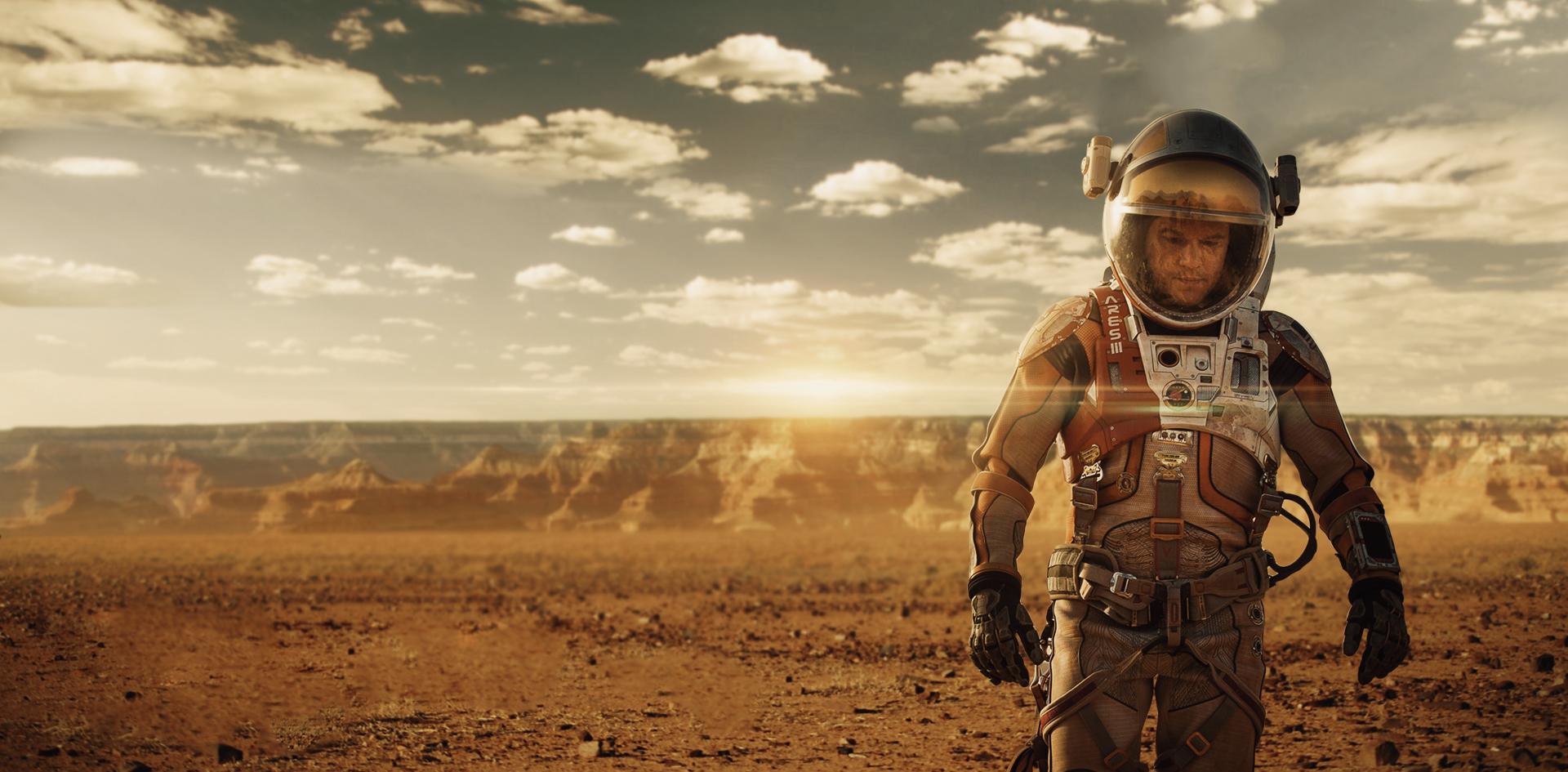 Лететь в максимум солнечной активности и не дольше четырех лет: определены безопасные время и длительность экспедиции к Марсу