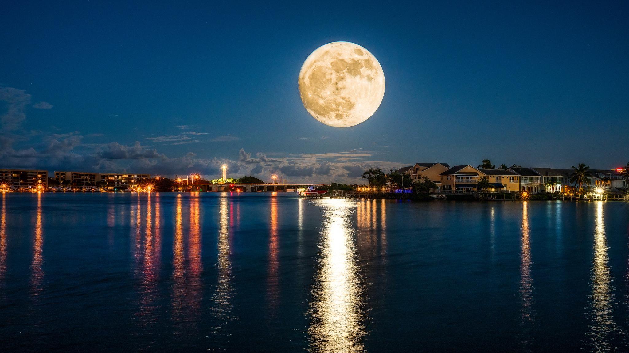 Ученые выявили влияние Луны на продолжительность сна у мужчин и женщин