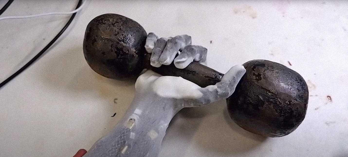 Поляки сделали реалистичную роборуку с сухожилиями