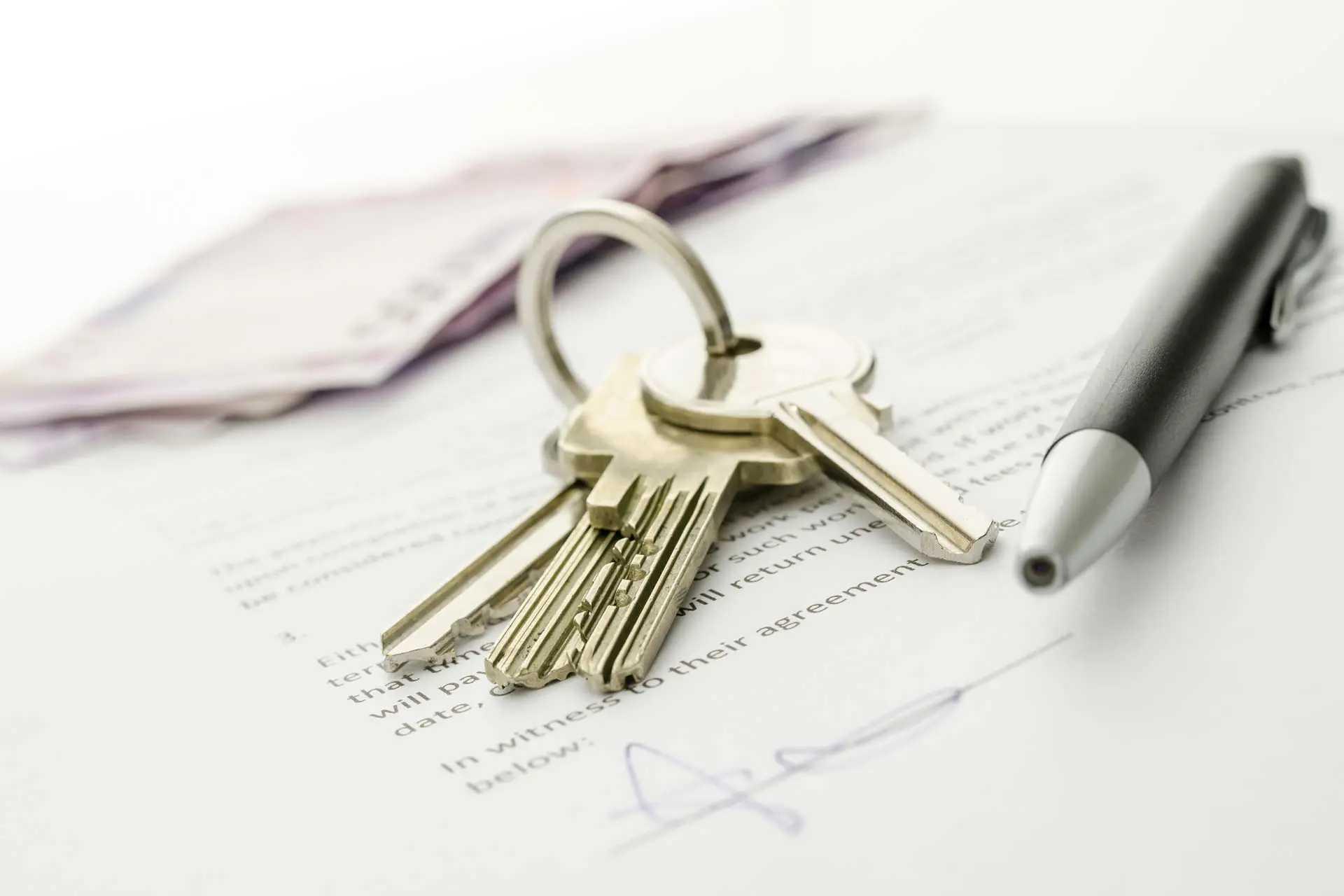 Купля-продажа квартиры: как сделать все по закону