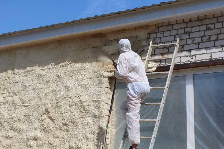 Лучший способ утепления стен – напыление ППУ снаружи